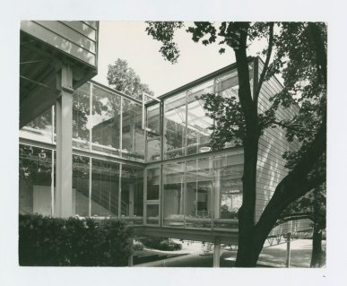A.J. Diamond and Barton Myers; Wolf House, 1974; Toronto, Ontario, Canada; designed by Barton Myers. Photo Credit: John Fulker, Courtesy of the West Vancouver Museum.